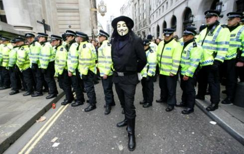globalno-ujedninjenje-protiv-kapitalizma-0b3f1686de2c652849748011c86dbc5a_slideshow_fg